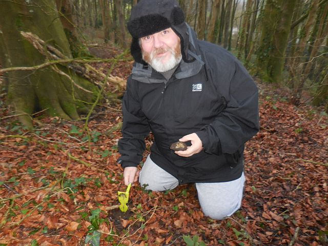 Succesful truffle hunting guest