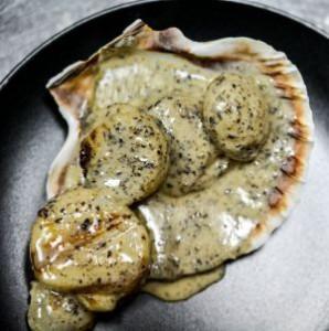 Scallops in a truffle sauce