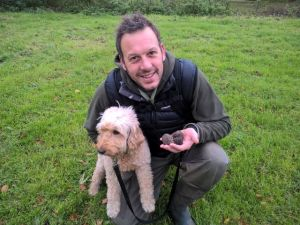 Hire Rent a truffle houd dog